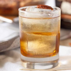 bourbon-pecan-pie-cocktail-3-683x1024.jpg